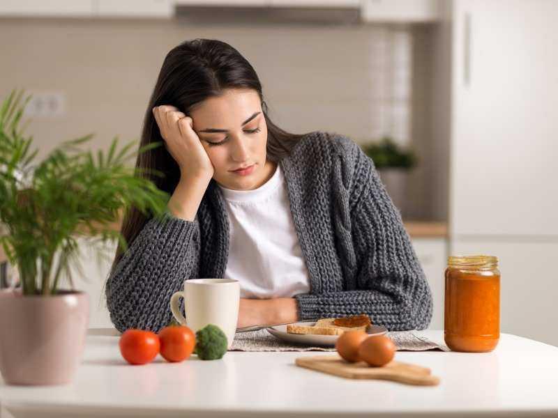 if diyeti aç kalan kadın