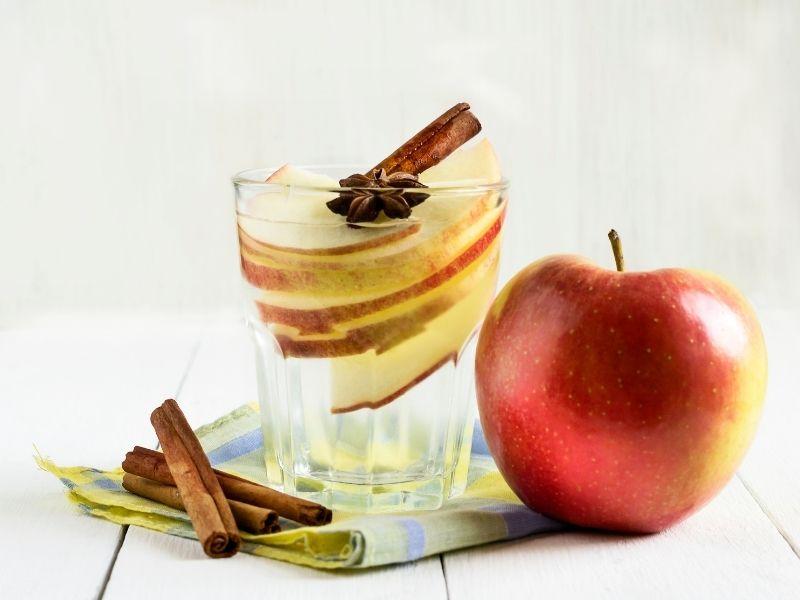 elmalı tarçınlı detoks suyu