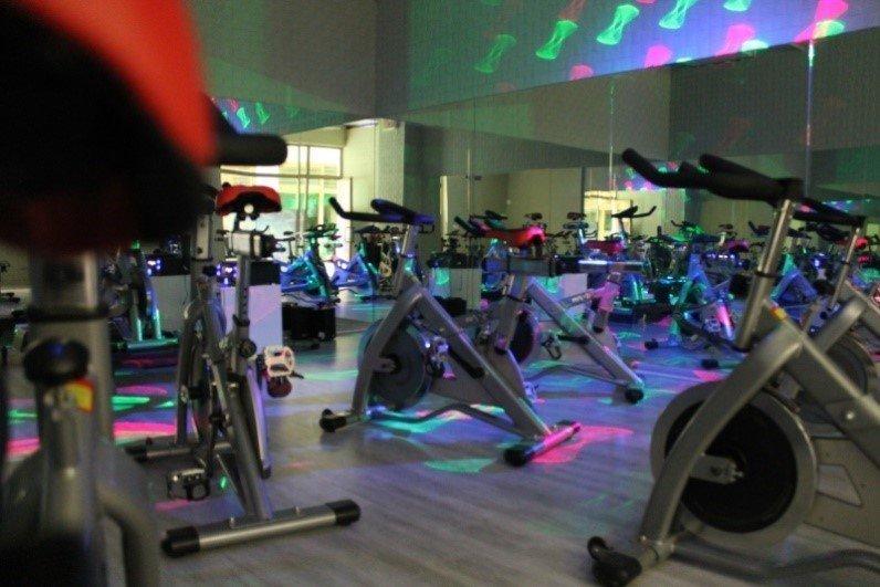 İzmir Hi Life Spor Salonu